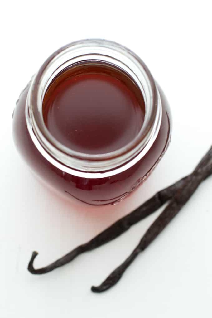 Como hacer Extracto de vainilla via danzadefogones.com