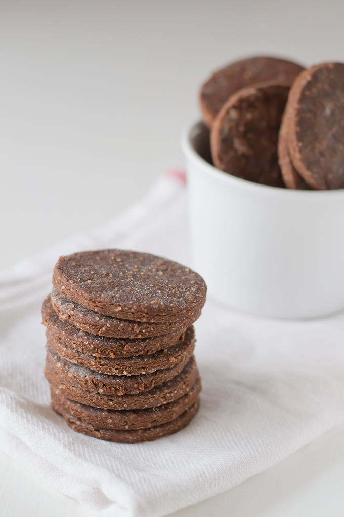Galletas-de-Cacao-sin-gluten-via-danzadefogones.com