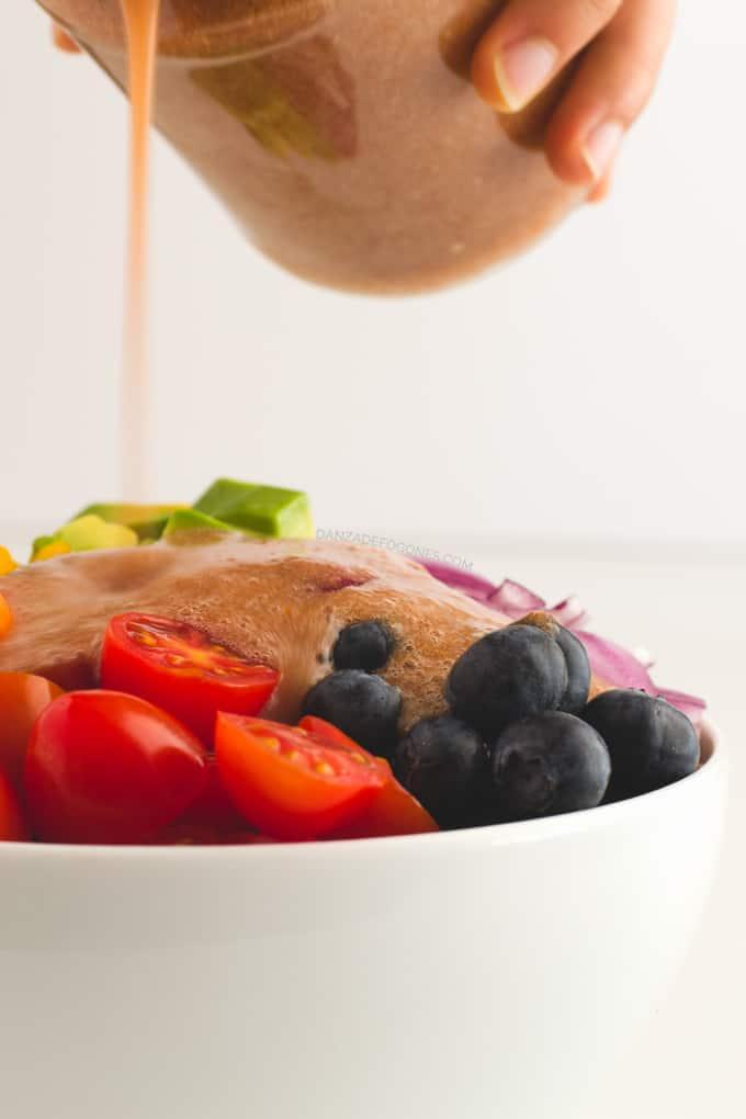 Ensalada Arcoiris con aliño de tomate   Danza de Fogones