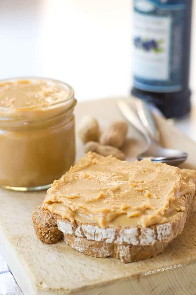 Receta de Mantequilla de maní o cacahuete | danzadefogones.com