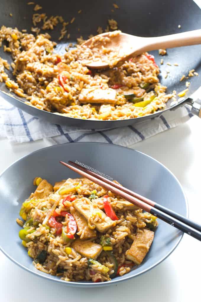 Wok De Tofu Con Arroz Y Verduras