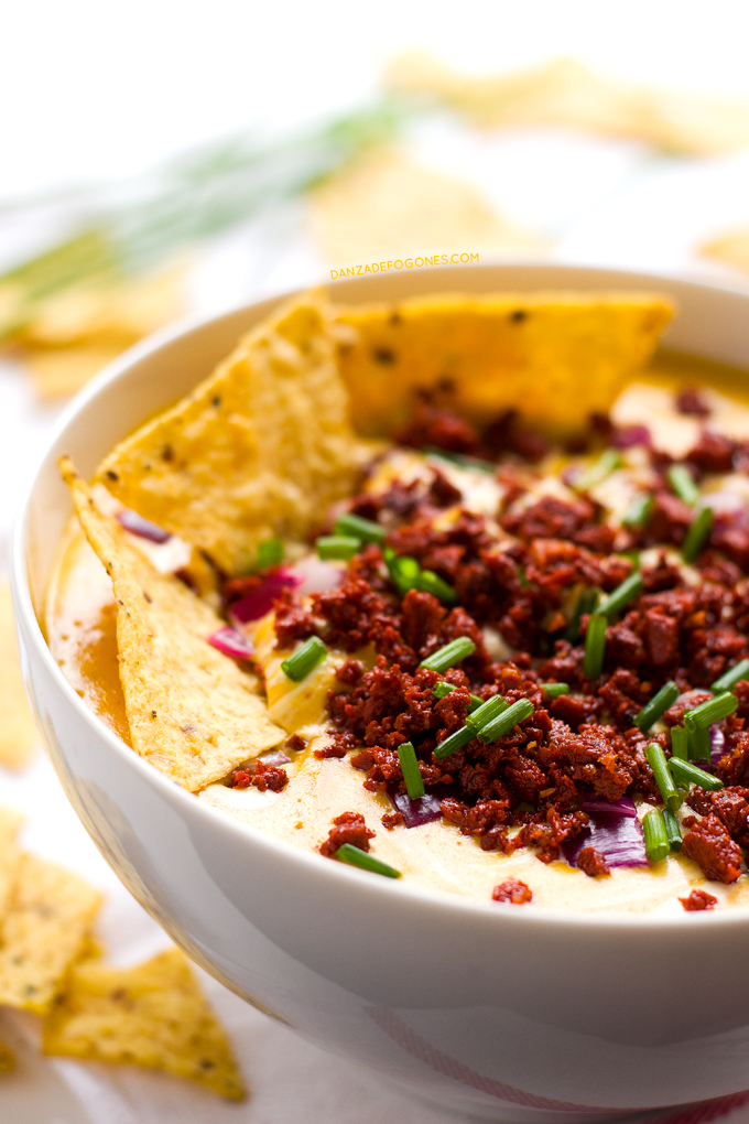 Dip de Queso y Chorizo (Vegano) | danzadefogones.com #danzadefogones #receta #vegano #vegana