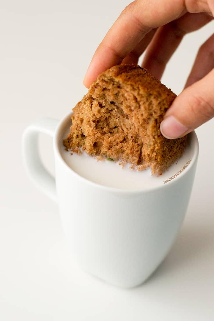Muffins saludables de calabacín veganos y sin gluten paso a paso | danzadefogones.com #vegano #vegan