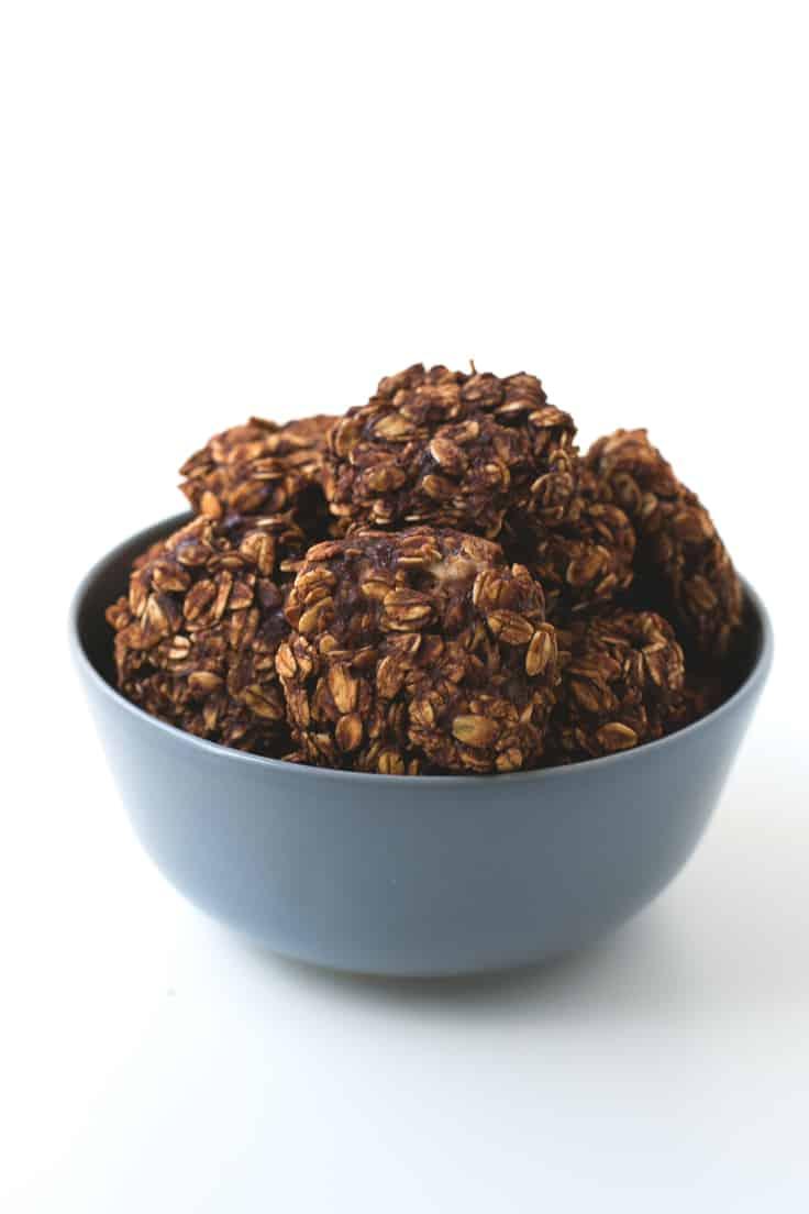 Galletas veganas de chocolate (5 ingredientes)   danzadefogones.com #vegan #vegano