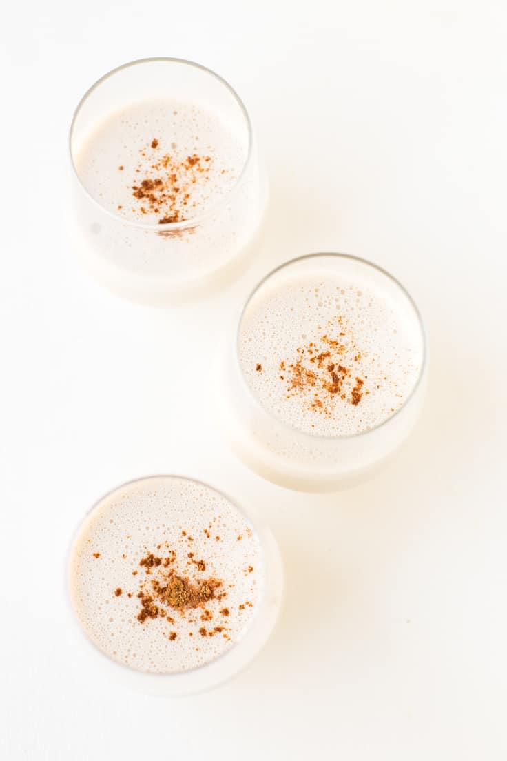 Cómo hacer ponche de huevo vegano | El ponche de huevo es una bebida típica de Norteamérica y es muy dulce y cremosa. Es típica de navidad y está muy rica.
