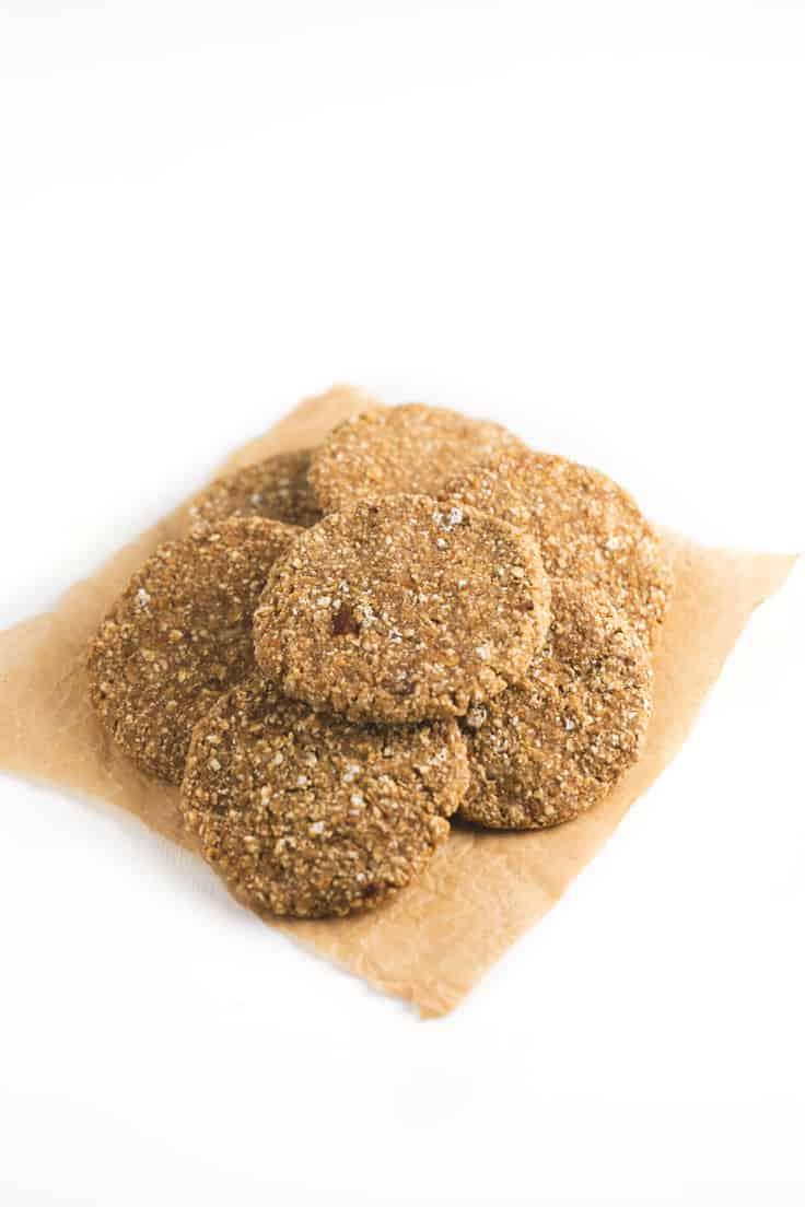 Galletas de avena deshidratadas - Estas galletas de avena deshidratadas son muy fáciles de hacer y mantienen sus nutrientes intactos al estar deshidratadas. ¡Merece la pena probarlas!