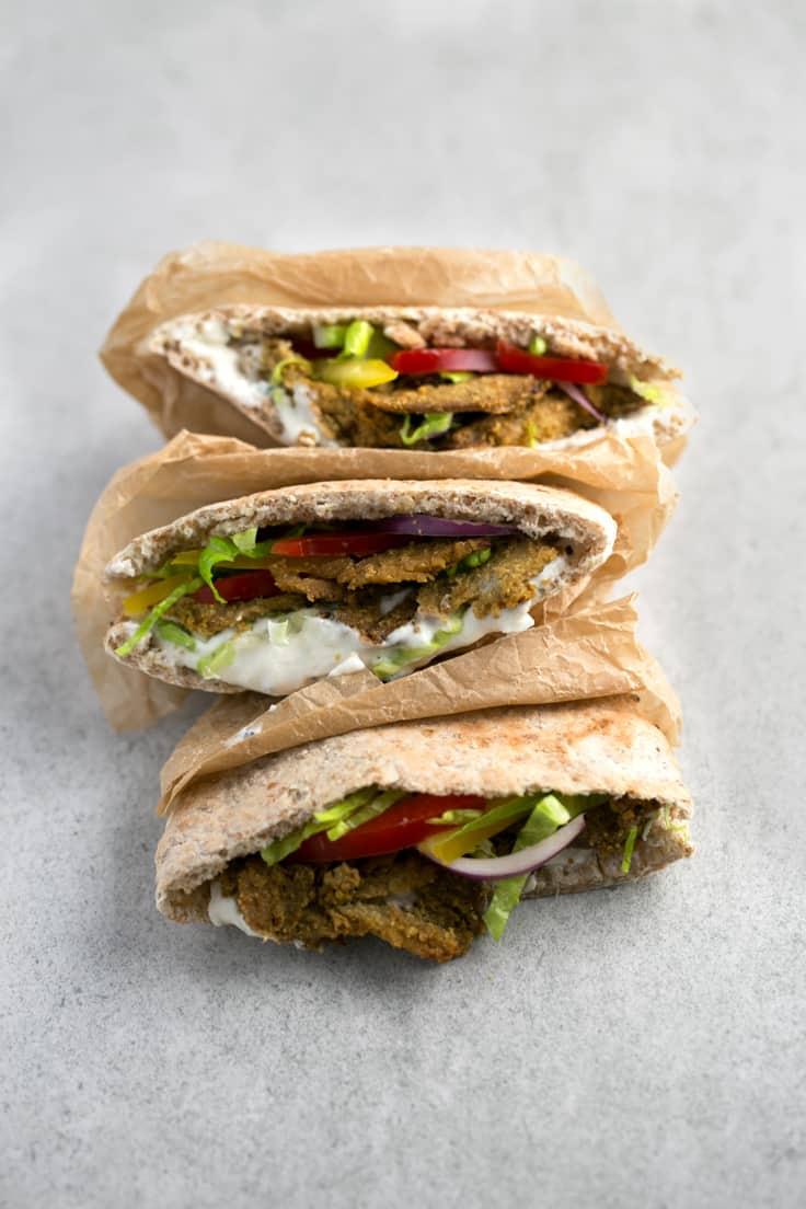 Kebab vegano bajo en grasa - Este kebab vegano bajo en grasa es una versión saludable del kebab tradicional y está para chuparse los dedos. Además, es muy fácil de preparar.