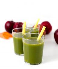 Zumo o jugo verde - Los zumos o jugos verdes son un complemento ideal de una alimentación saludable. Son muy nutritivos, sobre todo si tienen un alto contenido de verduras.