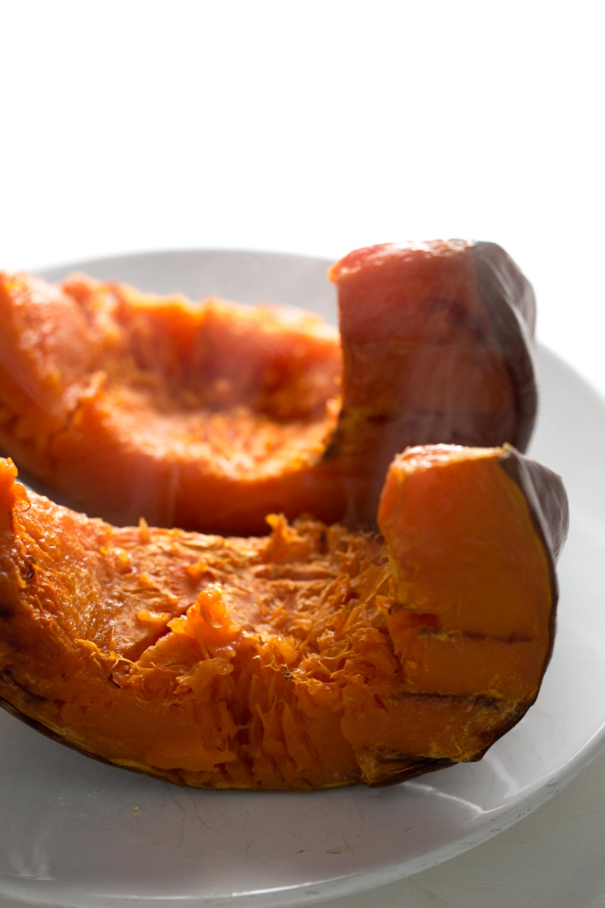 Puré de Calabaza Casero - El puré de calabaza es un ingrediente muy popular en la cocina americana y es muy fácil de preparar, sólo se necesita un ingrediente: calabaza.