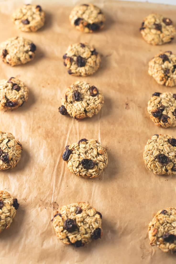 Galletas de avena con pasas - Estas galletas de avena con pasas son un desayuno o snack muy saludable porque están hechas con ingredientes naturales.