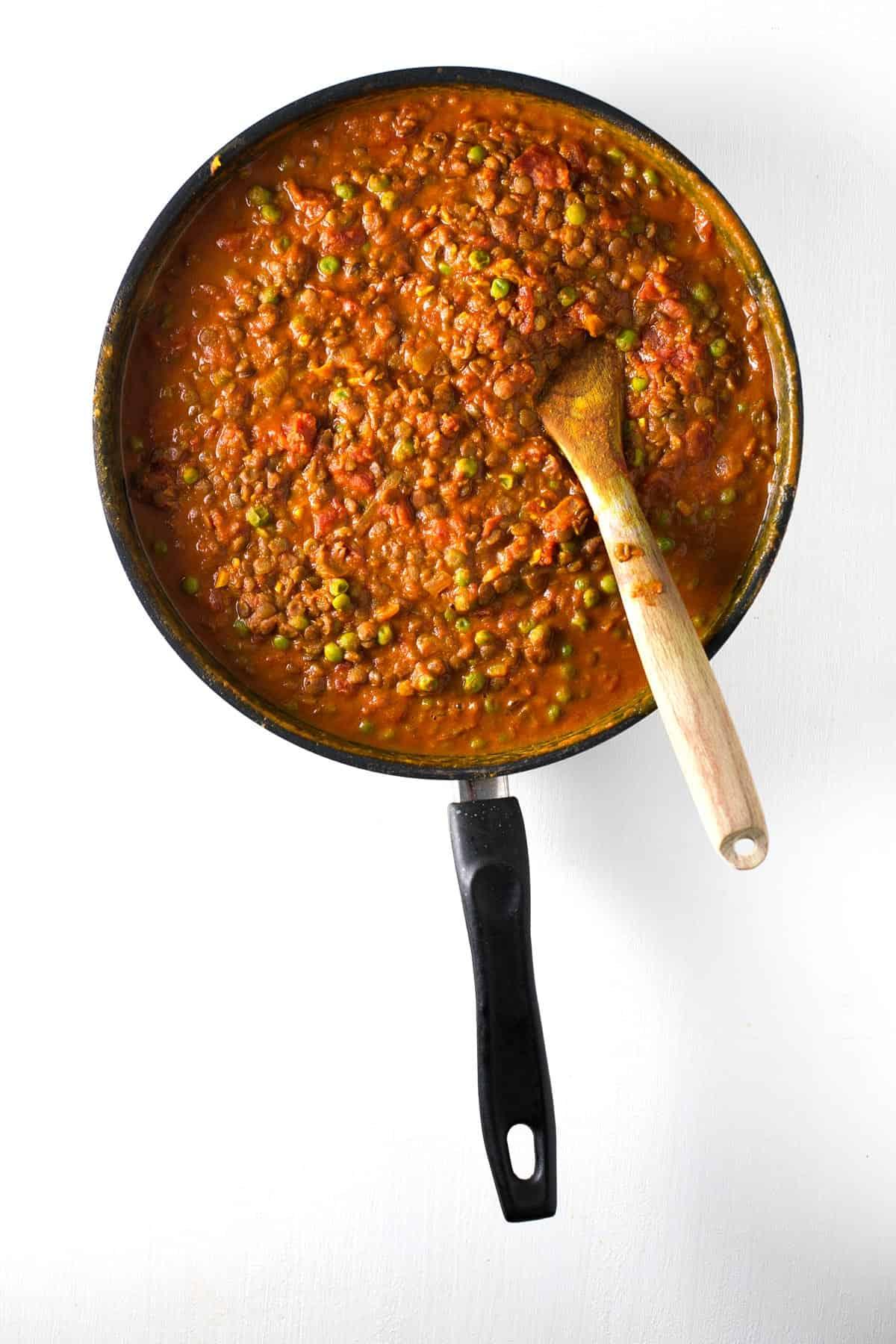 Curry de lentejas. - Este curry de lentejas es una versión mejorada de nuestra popular receta de lentejas al curry, está aún más rica y es igual de sencilla.