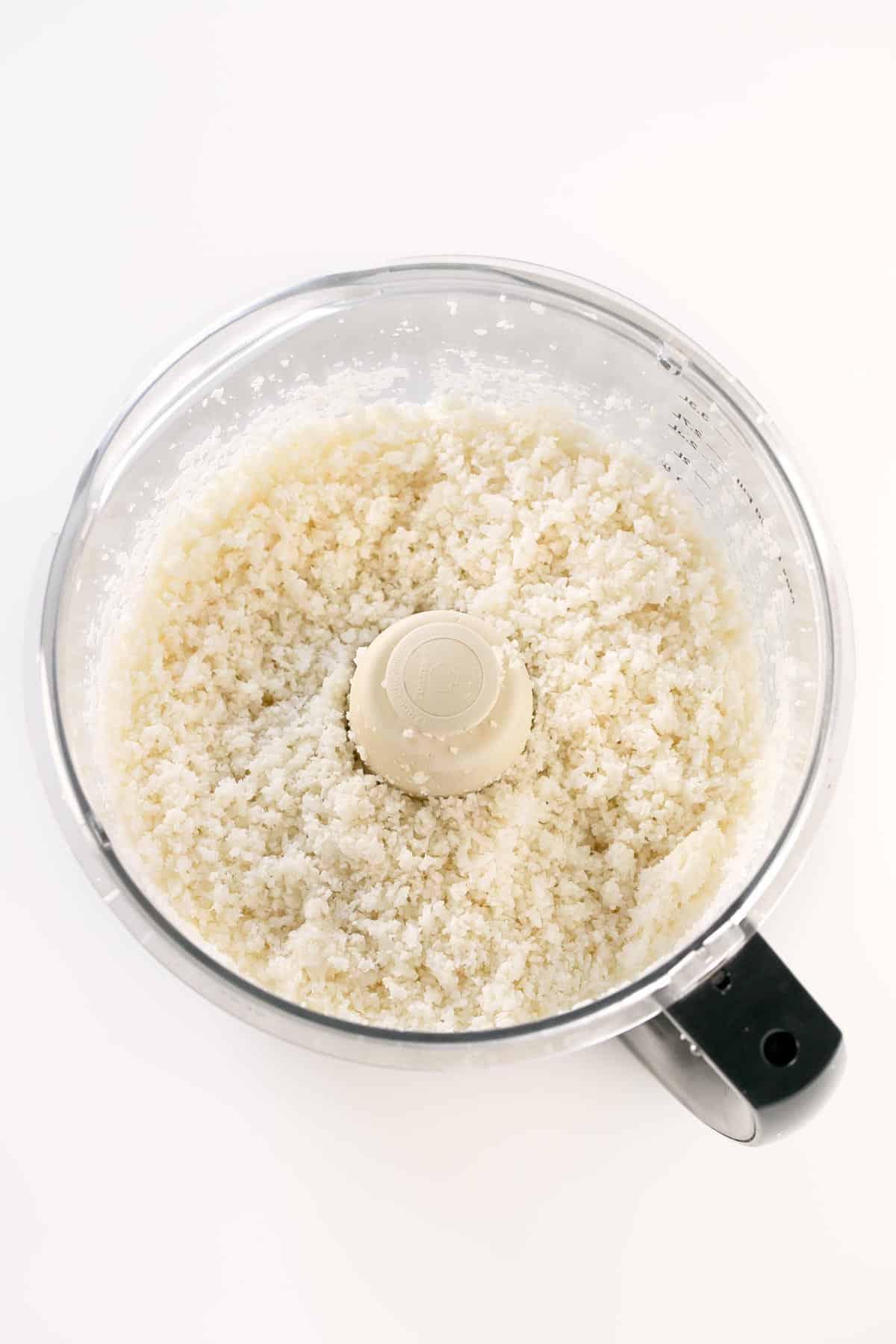 Cómo Hacer Arroz de Coliflor.- El arroz de coliflor es una alternativa muy rica al arroz tradicional y es más ligera. Es muy fácil de preparar y está para chuparse los dedos.