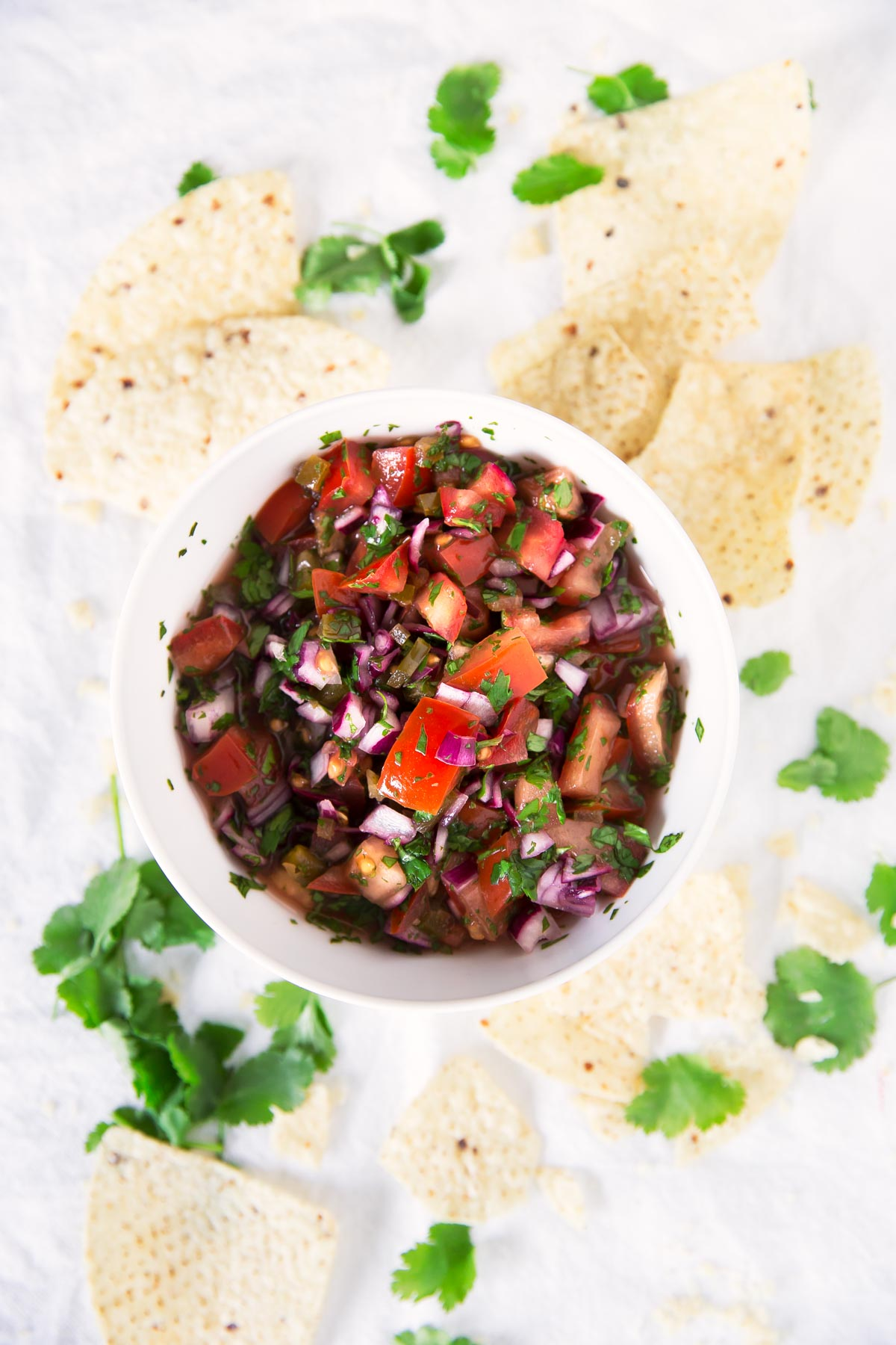 Pico de Gallo.- El pico de gallo es una receta mexicana que nos encanta porque es muy sana y se prepara en un momento. Es perfecta como entrante o acompañamiento.