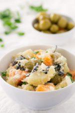 Ensalada Malagueña Vegana.- La ensalada malagueña tradicional no es vegana, pero es muy fácil de veganizar. He usado algas en vez de bacalao. Es una versión más sana y ligera.