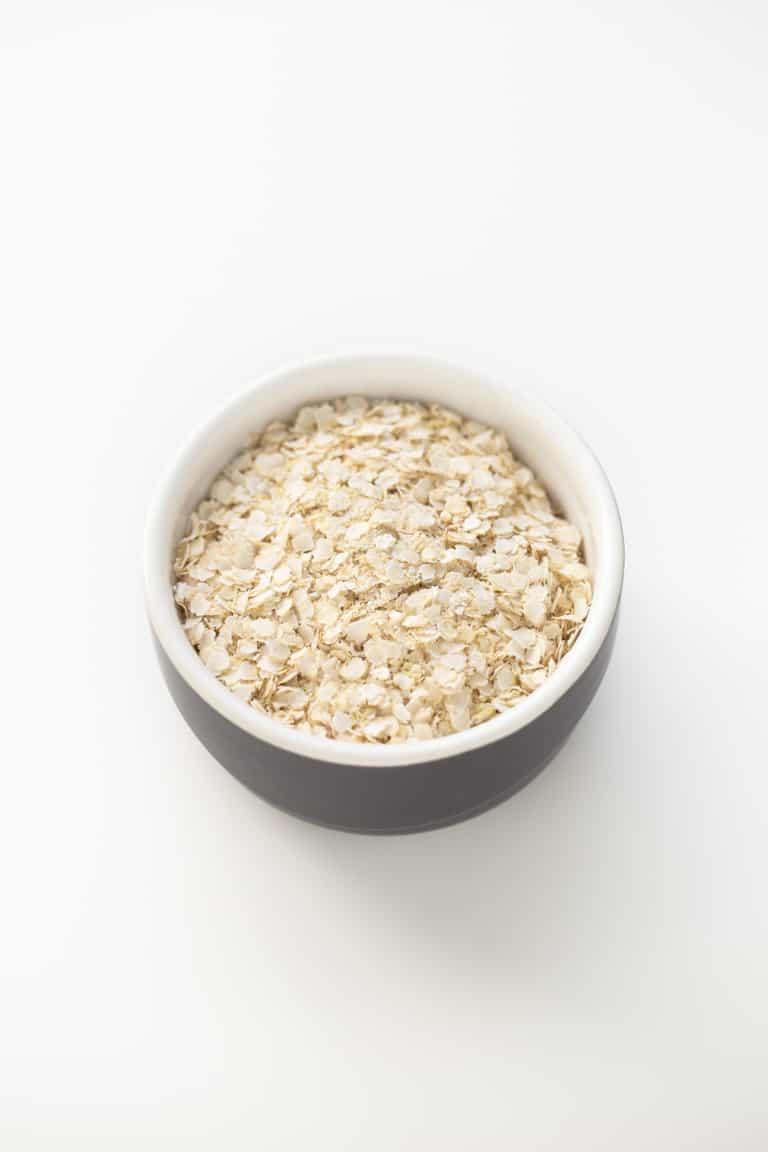 Gachas de Quinoa - Las gachas de quinoa se preparan en 5 minutos y son una alternativa deliciosa a las gachas de avena para celíacos o personas que no consumen gluten.