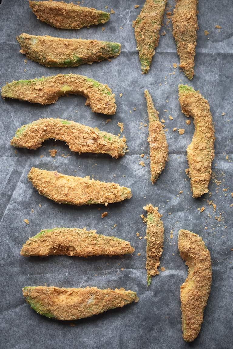 Palitos de Aguacate - Los palitos de aguacate son un aperitivo muy saludable y fácil de preparar. Sólo necesitas 7 ingredientes y están para chuparse los dedos.