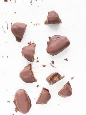 Dátiles Rellenos y Cubiertos de Chocolate