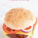 Foto de un plato con una hamburguesa vegana y las palabras hamburguesas veganas